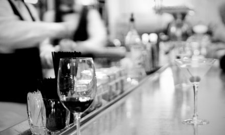 Vegas Wineaux Guest Post – Wine and Dine in Las Vegas: The Top 5 Las Vegas Bars of 2013 for Wine Lovers