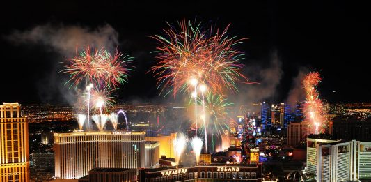 Vegas NYE Fireworks!